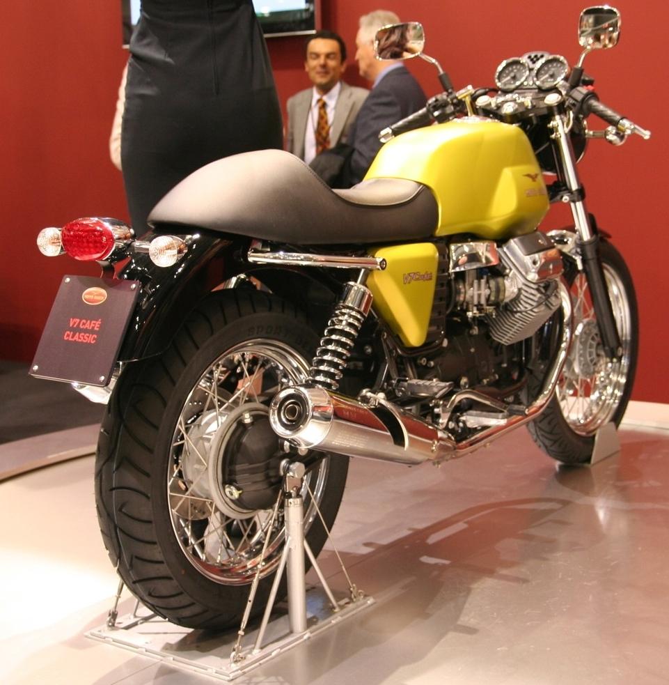 Salon de Milan 2008 en direct : Moto Guzzi V7 Classic, Stelvio TT et les petites soeurs