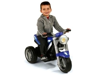 Deux petites roues pour deux petits pieds. (2 à 4 ans)