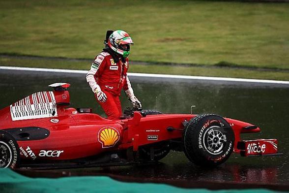 F1 GP du Brésil : Barrichello en pole, Vettel 16e, Button 14e !