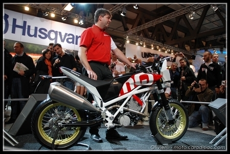 Salon de Milan 2008 en direct : Husqvarna SMQ 450