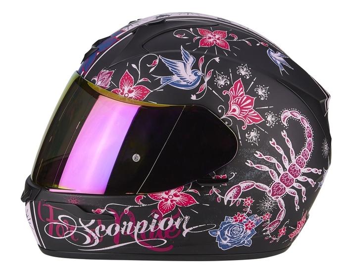 Scorpion en mode Saint-Valentin: pour les girls