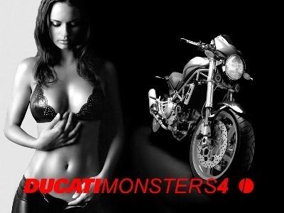 Moto & Sexy : Ducati vêtu de noir et blanc : partie 1