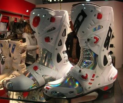 Salon de Milan 2008 en direct: Nouvelle botte piste Sidi... la Vortice