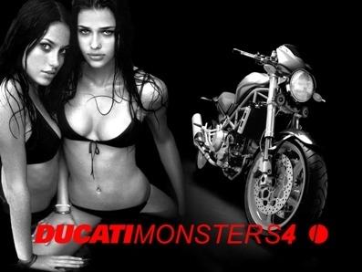 Moto & Sexy : Ducati vêtu de noir et blanc : partie 4