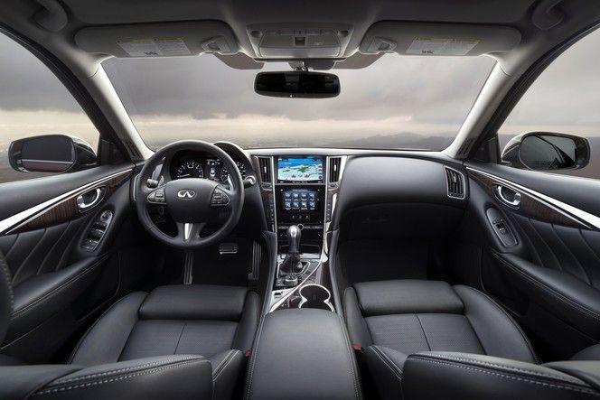 L'Infiniti Q50 accueille un nouveau moteur V6