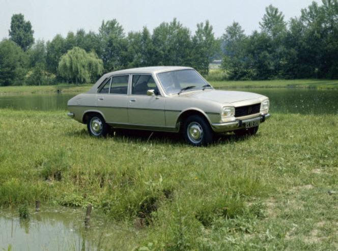 (J'aime de nuit) Alfa Romeo Alfetta ou Peugeot 504?