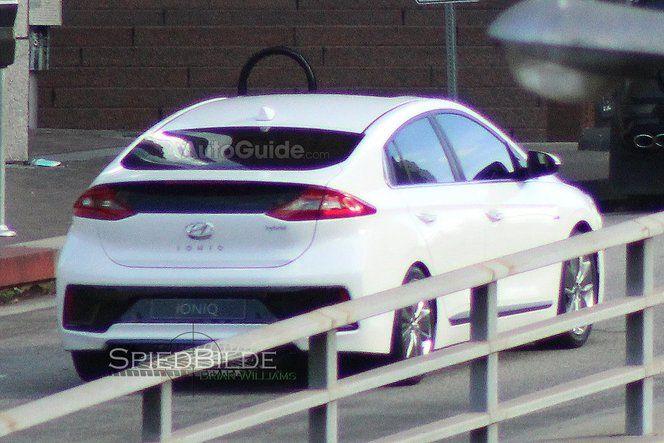 Surprise : la Hyundai Ioniq en clair