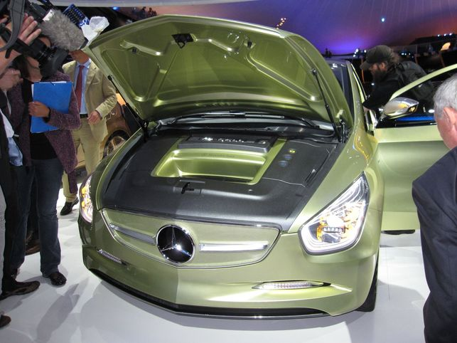 En direct du Salon de Francfort : les Concepts Mercedes-Benz BlueZERO E-CELL et BlueZERO F-CELL