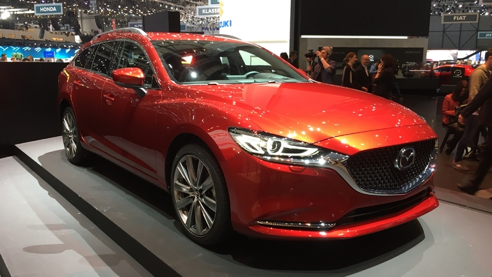 mazda 6 break restyl peaufin vid o en direct du salon de gen ve 2018. Black Bedroom Furniture Sets. Home Design Ideas