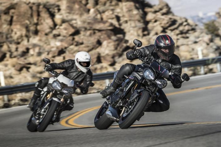 Vidéo moto : Triumph Speed Triple S et RS 2018