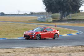 Prise en mains -Toyota GT 86 : un petit régal sur piste
