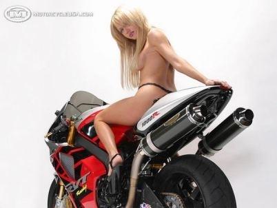 Moto & Sexy : Ca envoie du gros