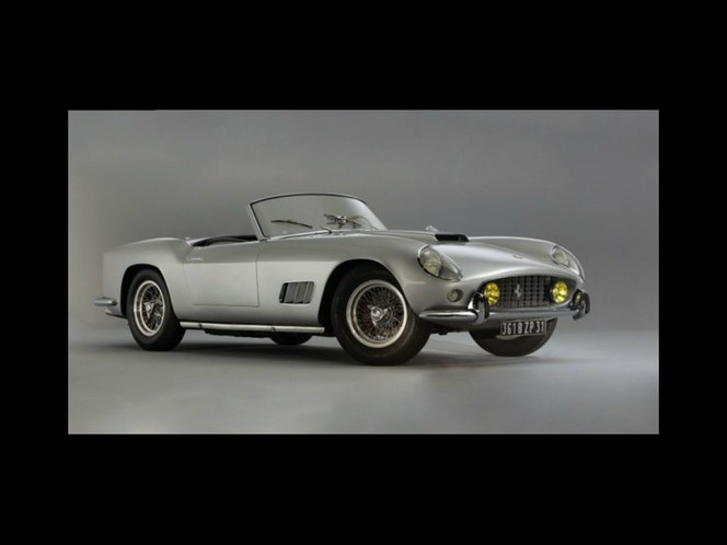 Rétromobile 2012 - La Ferrari 250 GT California (1959) de Vadim sera vendue de 2,7 à 3,2 millions d'euros !
