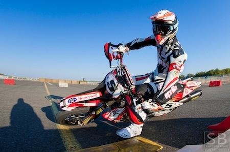 Supermotard, interview d'Adrien Chareyre, champion du monde 2011: direction 2012