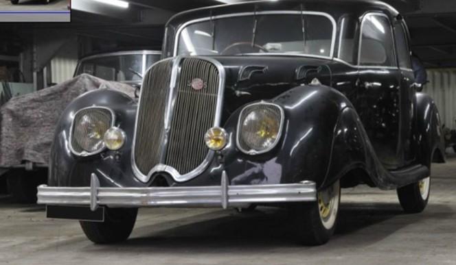 """Vidéo- Vente aux enchères Rétromobile 2012 : la belle Panhard de la """"Collection Endormie"""""""