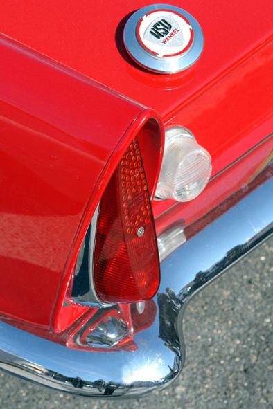 Avignon Motor Festival: Panhard, Alfa Romeo, Porsche, DB, Triumph, Rancho, NSU