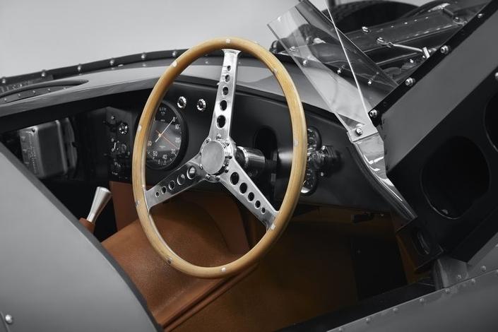 Jaguar fait renaître la Type D