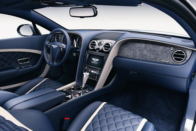 Bentley met de la pierre dans ses autos