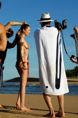 Le calendrier Pirelli 2010 en quelques photos… style Backstage.