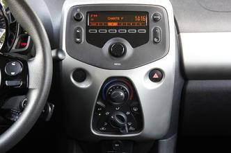 A l'intérieur de la Peugeot 108