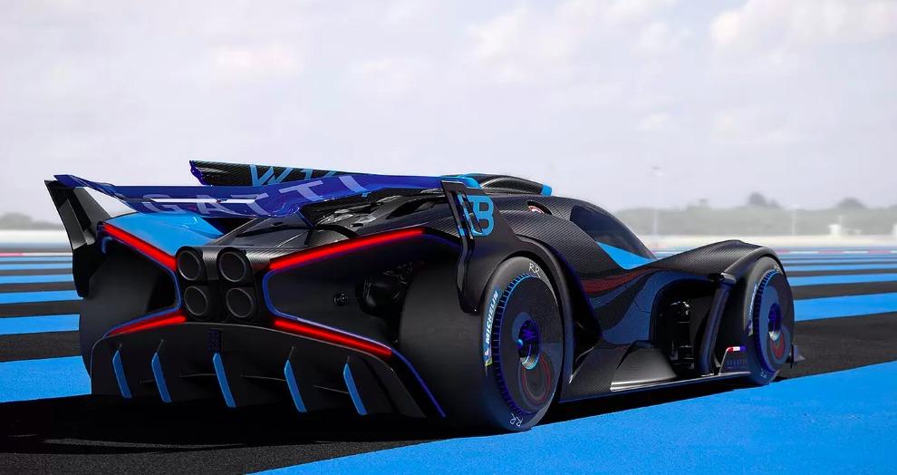 Bugatti dévoile la Bolide