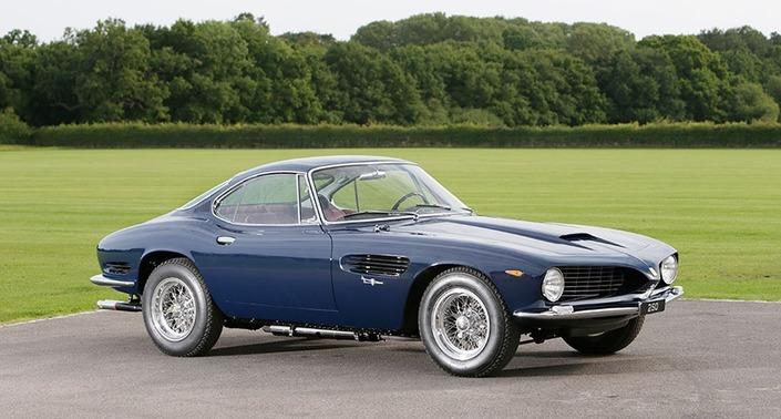 En 1962, Bertone avait présenté cette 250 GT SWB par lui-même recarrossée, ceci dans l'espoir de séduire Ferrari. Cette pièce majeure de l'histoire automobile est exposée jusqu'à dimanche à Paris.