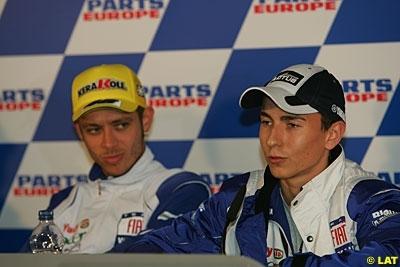 Moto GP - Yamaha: Lorenzo appelle Rossi à casser le mur