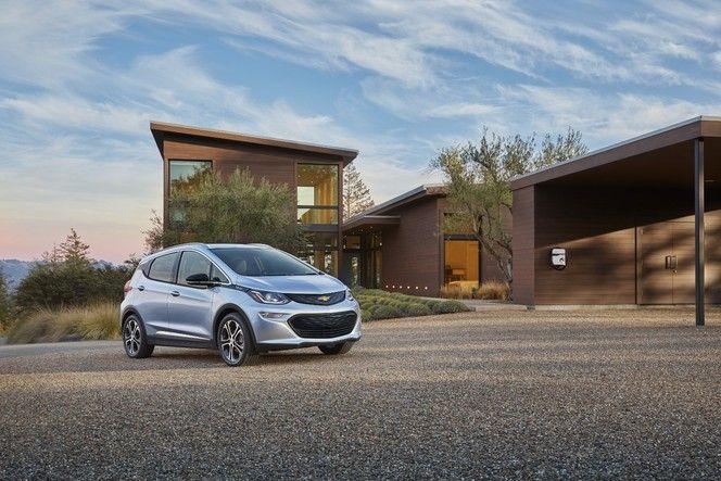 CES de Las Vegas 2016 : Chevrolet officialise l'urbaine électrique Bolt de série