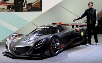 Design : Franz Von Holzhausen quitte Mazda pour Tesla !