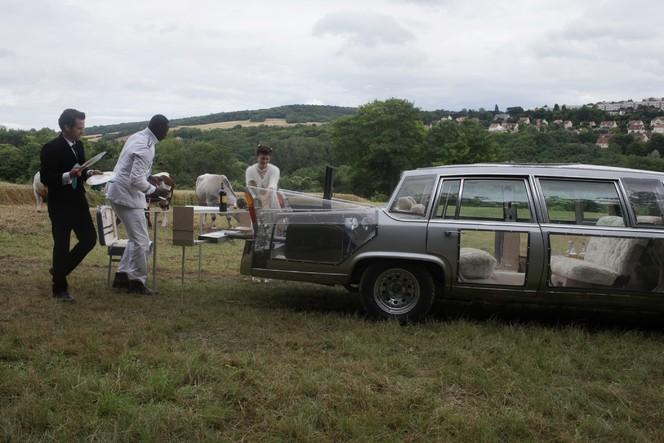 Cinéma - Une limousine Peugeot dans L'Ecume des jours