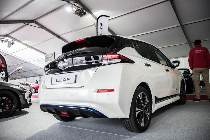 Tour d'horizon des hybrides et électriques - Vidéo en direct du salon de Monaco 2018