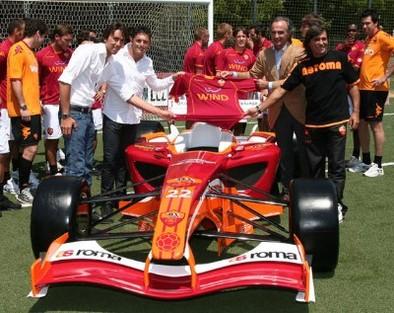 Fisichella en Superleague Formula via FMS