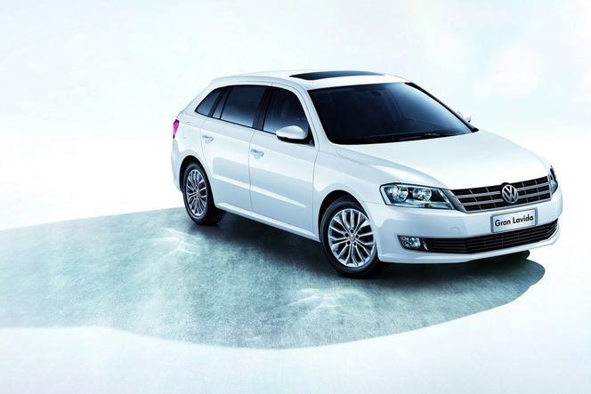 Salon de Shanghai 2013 - Volkswagen Gran Lavida: toute ressemblance...