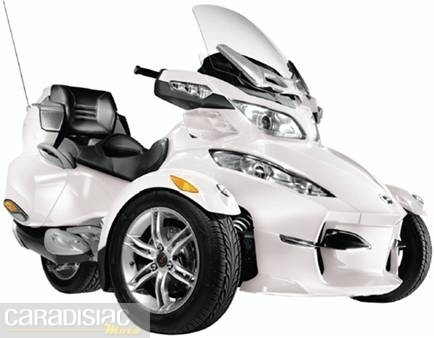 Can-Am Spyder: quelques modifications pour 2011...