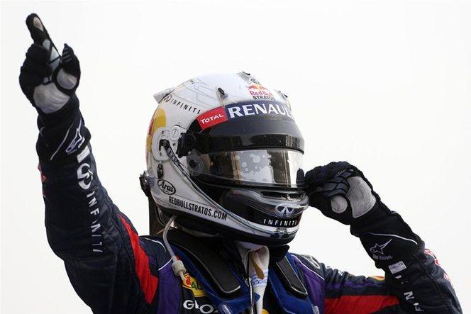 F1 GP de Bahreïn : Vettel surclasse la meute menée par les Lotus boys