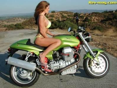 Moto & Sexy : ouh la belle vue.