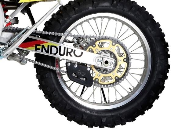 Série Limitée Suzuki Valenti Enduro Racing Akrapovic: la 250
