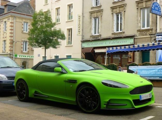 L'Aston Martin du footballeur Aubameyang finalement retrouvée !