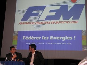 Caradisiac à la Conférence de Presse de la FFM: La sécurité routière passe par un environnement moins hostile