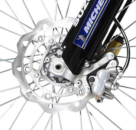 Suzuki Valenti Enduro Racing Akrapovic: la 450 (série limitée)