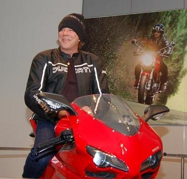 Mickey roule pour Ducati