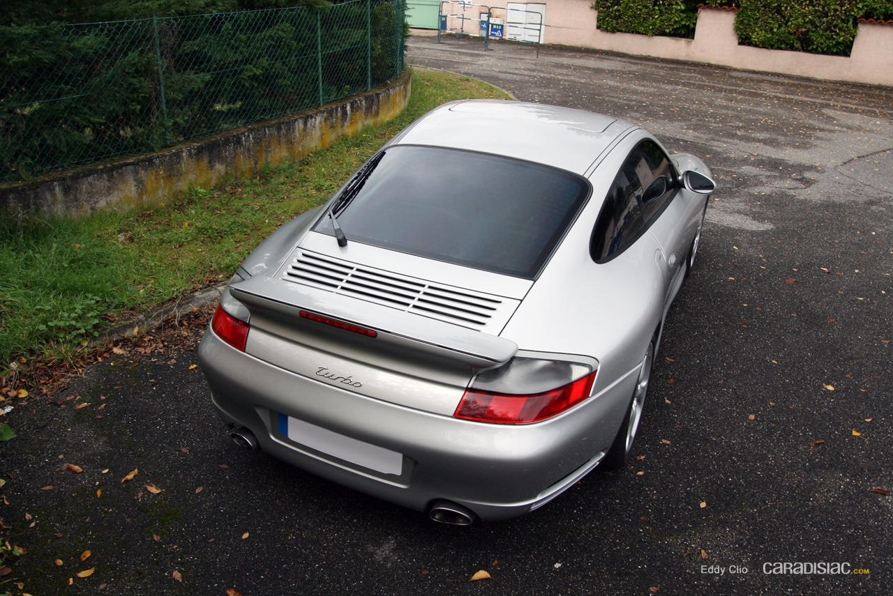 http://images.caradisiac.com/images/6/2/3/7/66237/S0-Photos-du-jour-Porsche-991-996-Turbo-213378.jpg