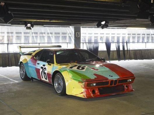 "BMW expose la M1 ""Warhol"" à Paris Photo LA"