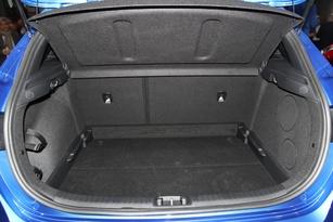 Le volume de coffre gagne 15 litres, à 395 litres contre 380.