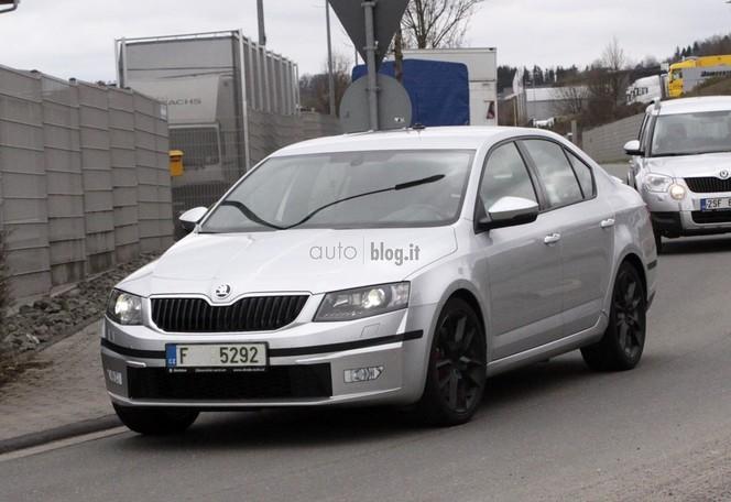 Surprise : la Skoda Octavia RS où ? Sur le Nürburgring évidemment