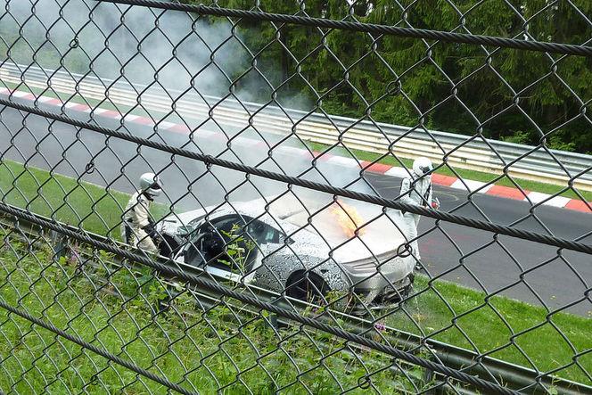 Surprise : la Honda NSX II réduite en cendres