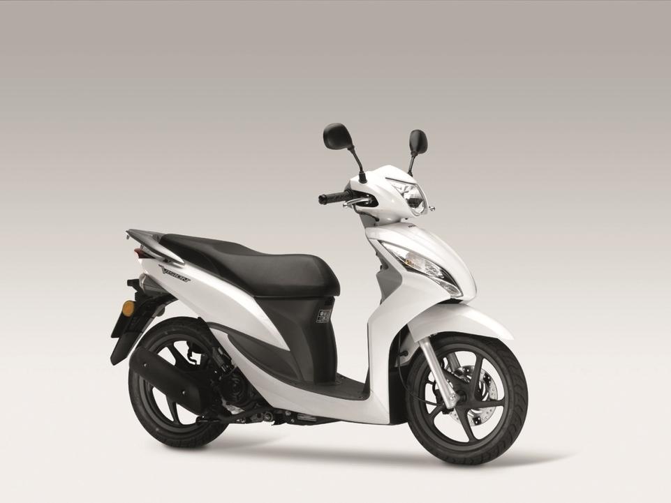 En direct du salon de Milan 2011 - Honda : Le Vision 50 s'offre à la vue de tous