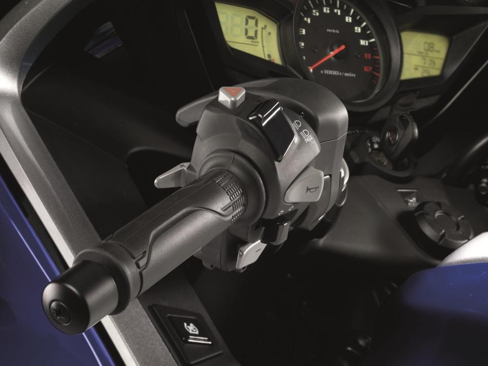 En direct du salon de Milan 2011 - Honda : La VFR 1200F se bonifie