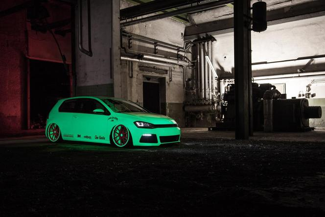 VW Golf VII Light-Tron par LCS et BlackBox Richter : le ver luisant