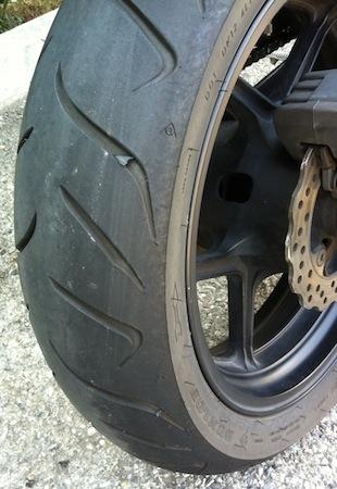 Essai (longue durée) Dunlop RoadSmart 2: un comportement à l'épreuve des bornes